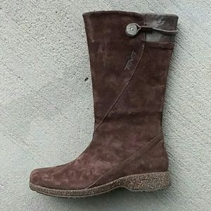 Teva brown  suede leather boots 6.5